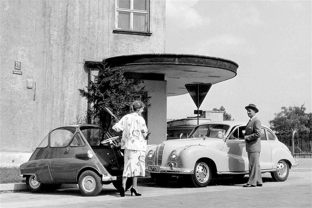 1955 BMW Isetta & BMW 501 | BMW