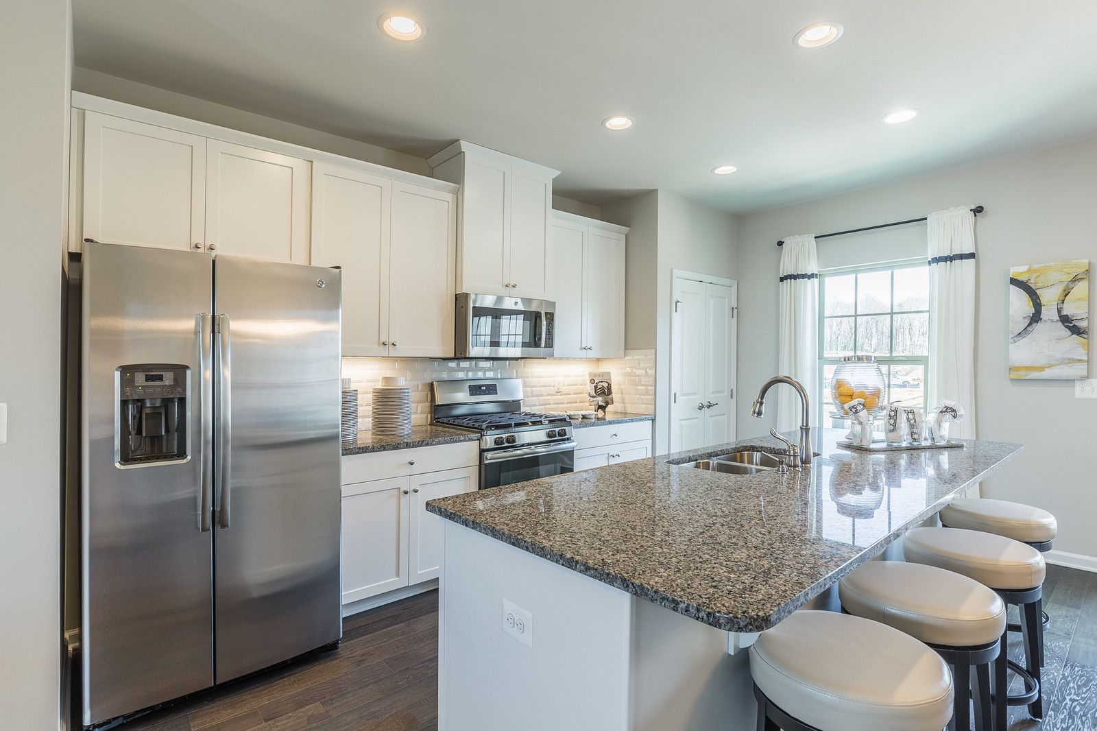 For rent in potomac shores with images renting a house
