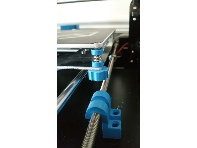 This is a better way of adjusting the screws on your Anet A8