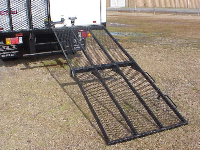 Www Superboxtruckramps Com Slt Mr 750 Manual Ramp Great For Loading And Unloading Heavy Duty Equipment Boxtruckramp Landsc Truck Ramps Loading Ramps Ramp