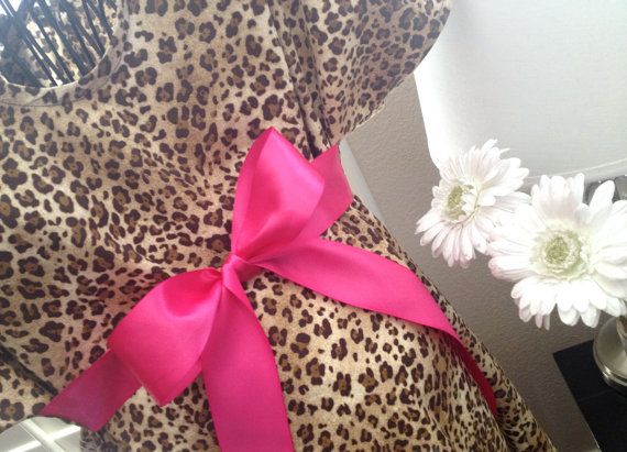 Maternity Hospital Gown - Leopard Gown with Bright Pink Bow ...
