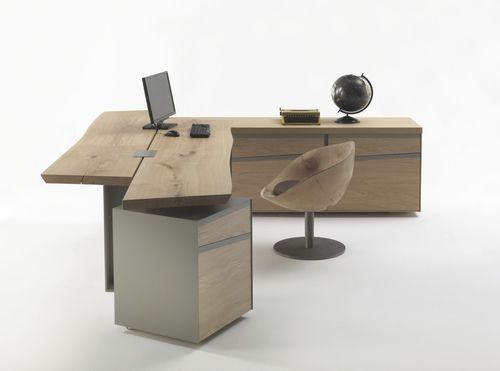 Bureau contemporain en bois d 39 angle usage r sidentiel implement by terry dwan riva for Meuble bureau design contemporain