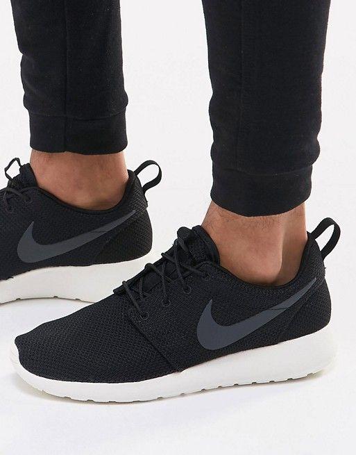 e083732ba1ea Nike Roshe Run Trainers In Black 511881-010