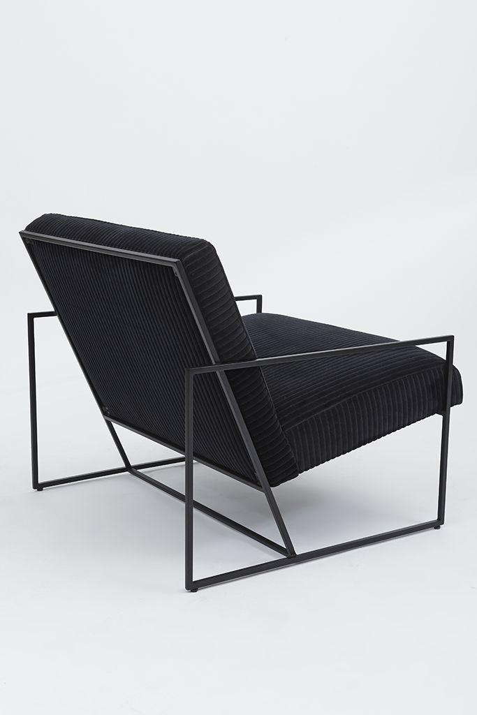 Thin Frame Lounge Chair |