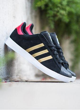 Adidas Skateboarding Superstar Vulc ADV: negro / oro Sneakers