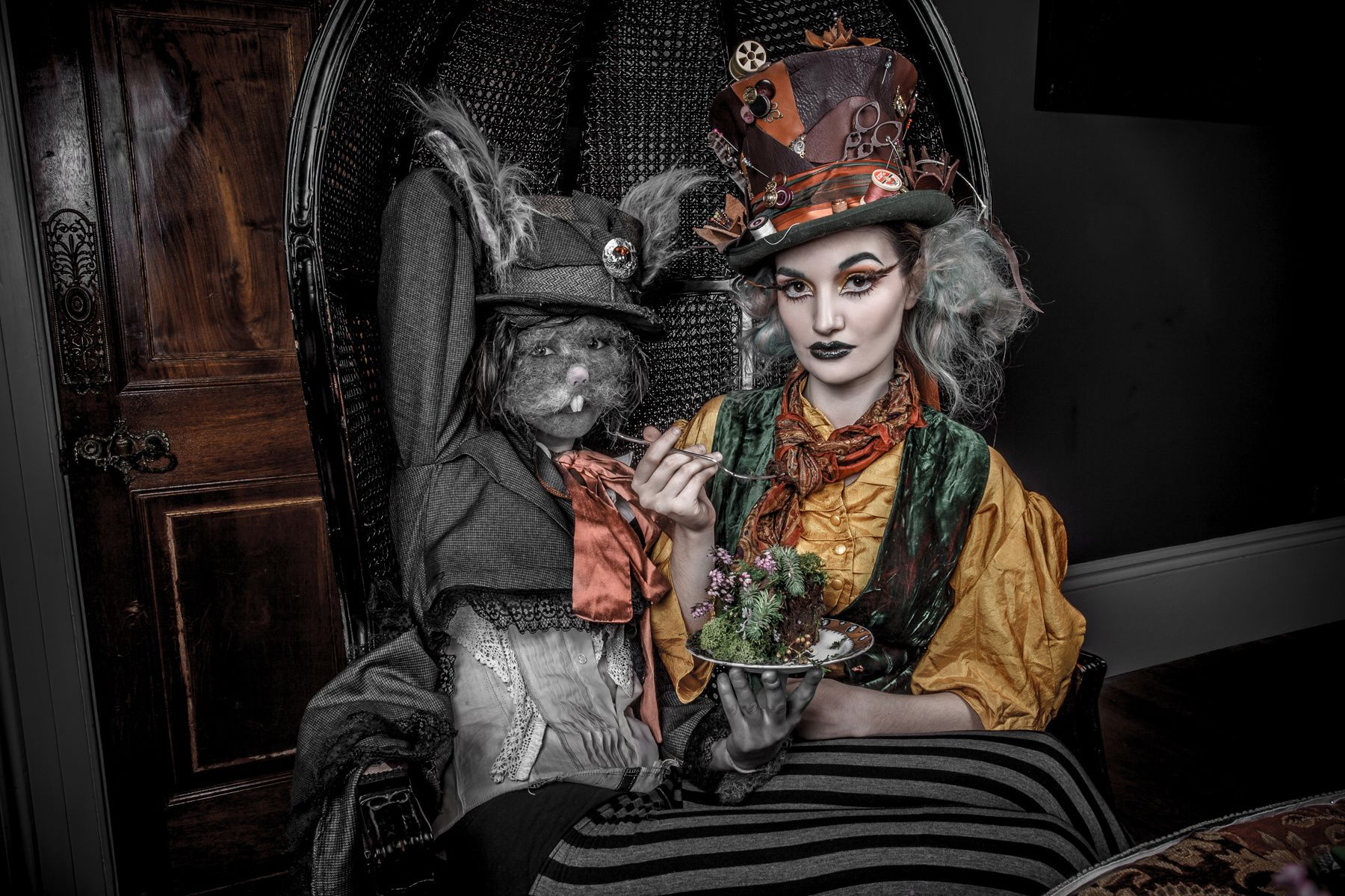 The White Rabbit Makeup Artist Book 3 Alice in