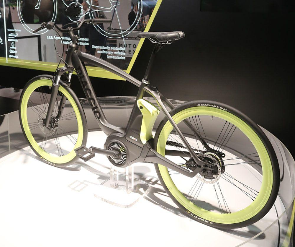 piaggio zeigt ein e bike mit hauseigenem mittelmotor und. Black Bedroom Furniture Sets. Home Design Ideas