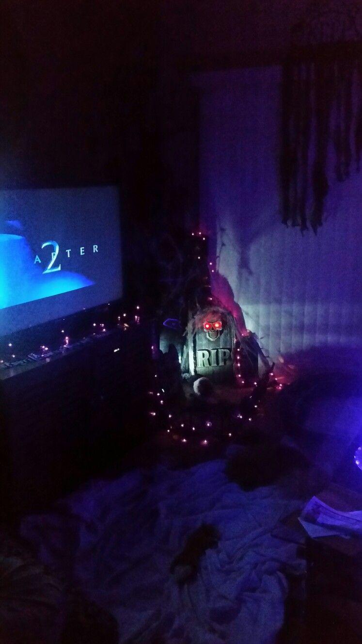 Halloween Home Decor Creepy Cemetery With Black Light Strobe Lights And Purple Lights