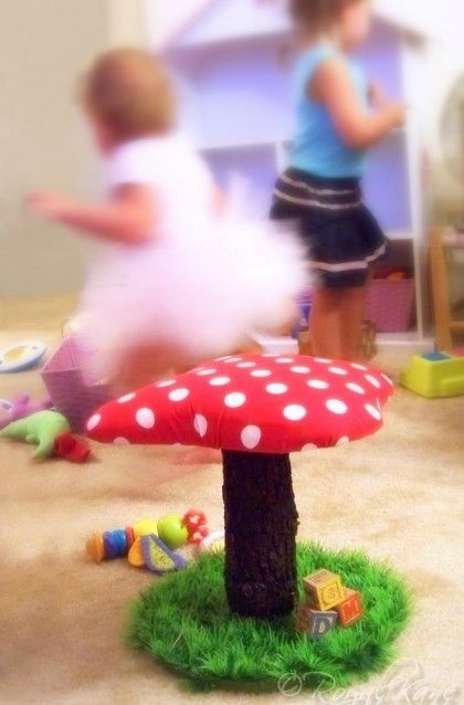 Whimsical Polka Dot Toadstool Mushroom Chair tree play house dollhouse doll artificial grass kids frog furniture & Whimsical Polka Dot Toadstool Mushroom Chair tree play house ...
