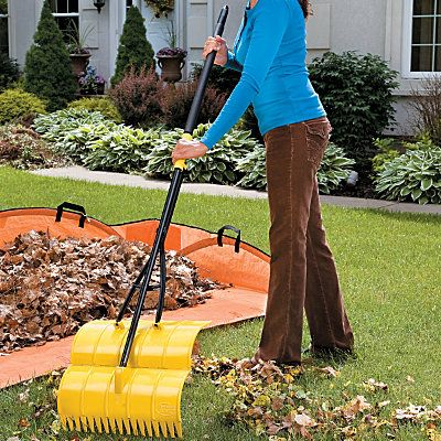 Amazing Rake 40 He Amazing Rake S Lightweight Yet Sturdy Design Lets You Rake Up Leaves Clippings And Other Debri Outdoor Backyard Makeover Outdoor Gardens