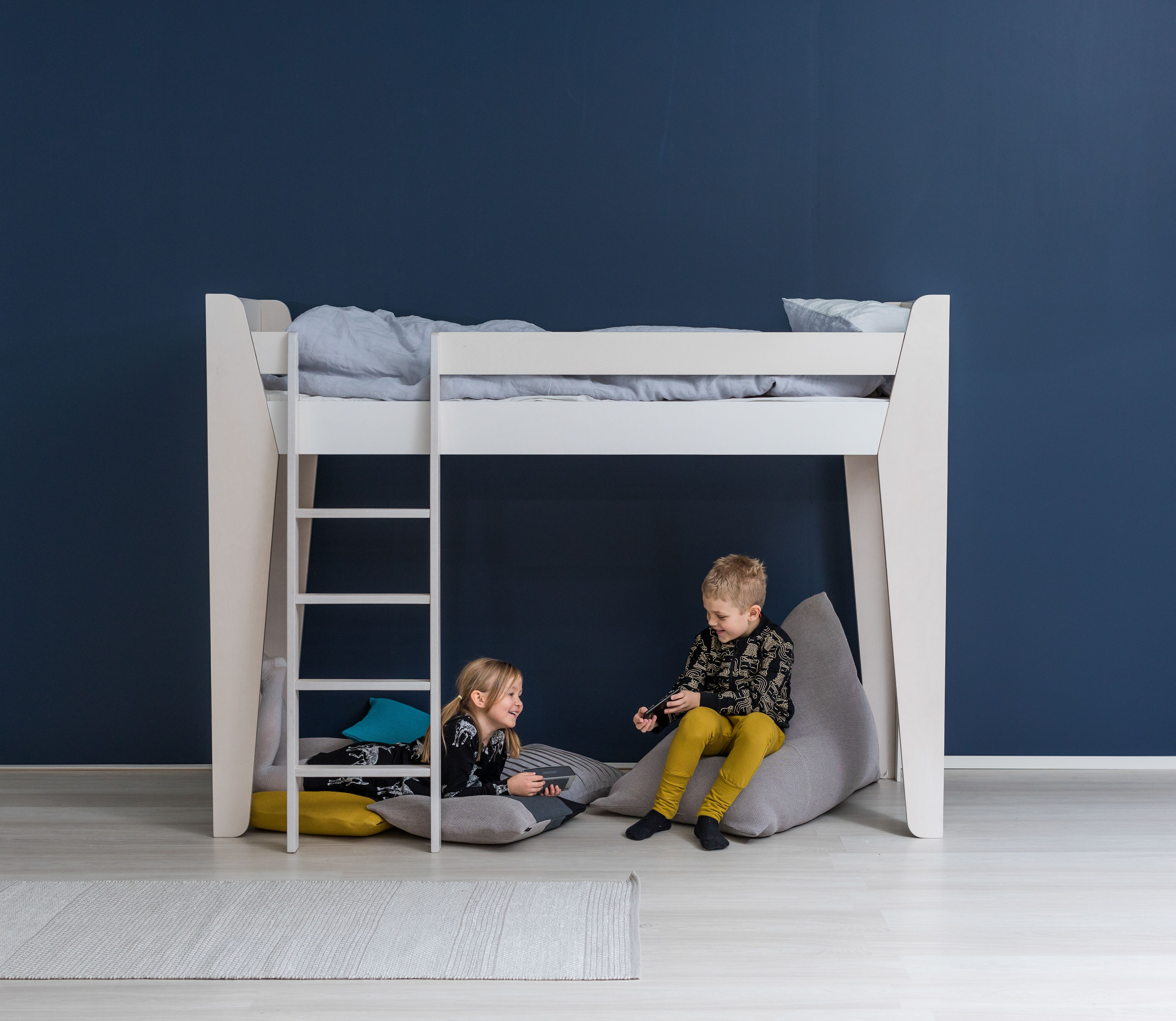 LumoKids Kids just love loft beds! If you wish, you can