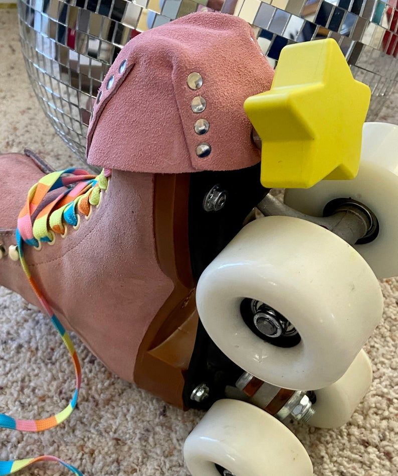 Twinkle Toes Star Toe Stops Vincent Van Glow Yellowglow Etsy In 2020 Roller Skate Shoes Girls Roller Skates Roller Derby Girls