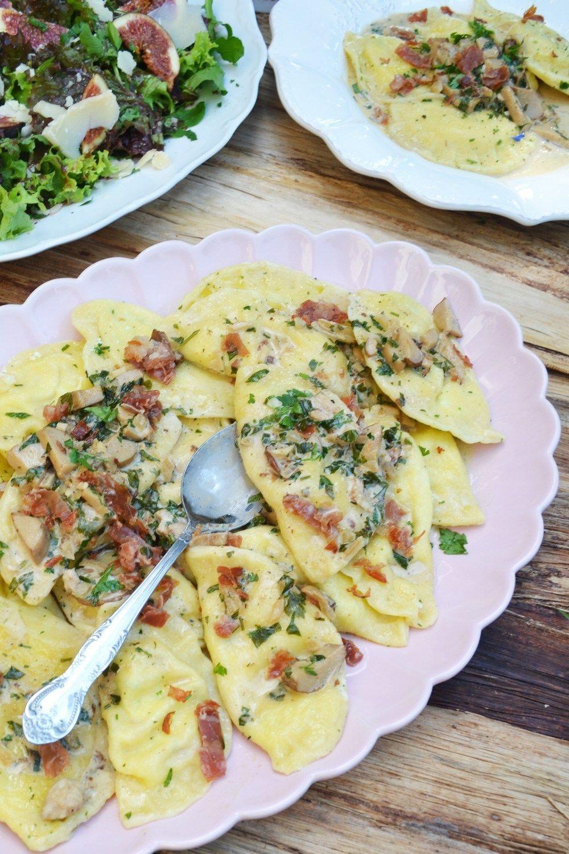 Photo of Pasta deluxe! Ricotta prosciutto ravioli with porcini sauce and fig salad – …