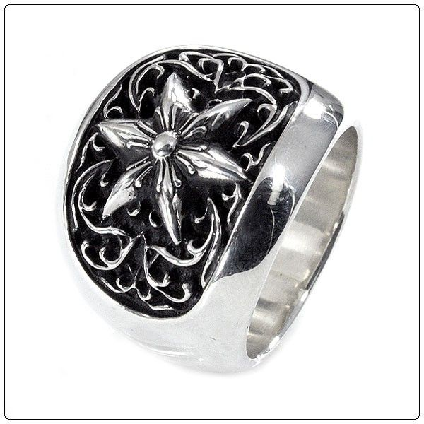 f2c2982529d0 CHROME HEARTS RING CLASSIC OVAL STAR