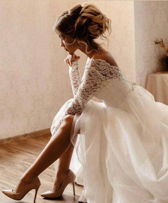 Lace wedding dress open back/Romantic wedding dress /Bohemian wedding dress/2019 trend gown /Lace long sleeve/Open V-Cut Back / Long sleeve