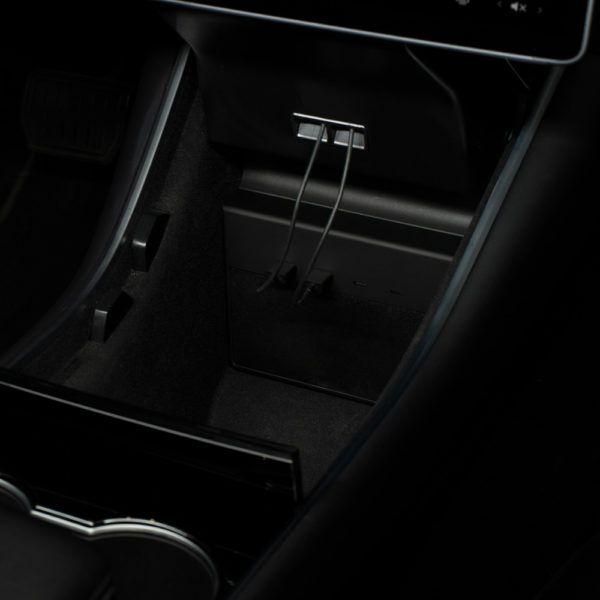 Jeda USB Hub for Tesla Model3 | Usb hub, Dashcam, Tesla