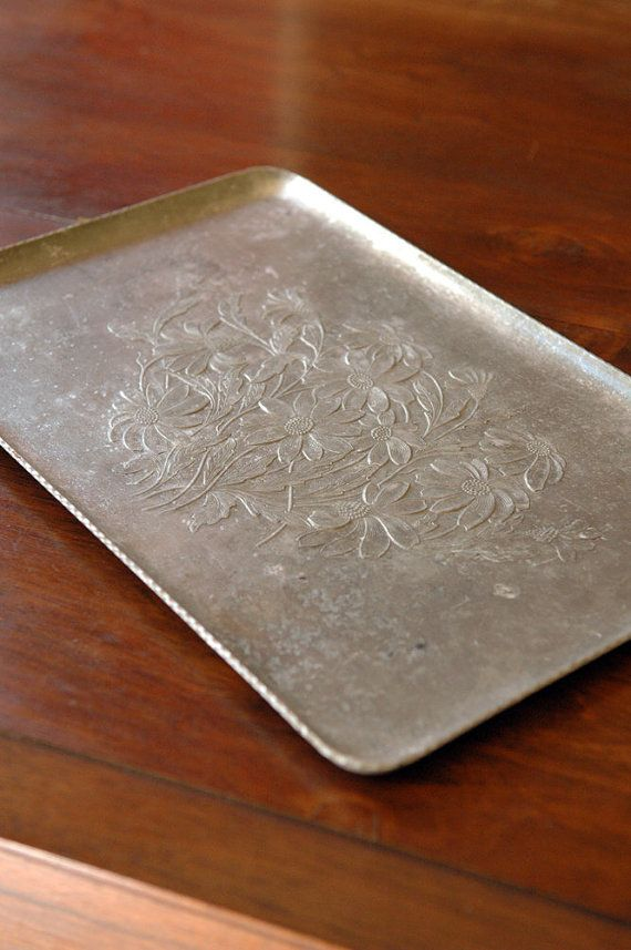 1930s Vintage Hammered Aluminum Tray Aluminum Tray Antique Collection Aluminum Serving Trays