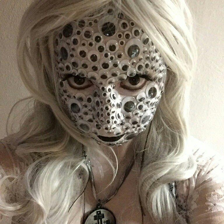 Googly Eye Halloween Costume I M Calling It Ocular Demon Halloween Face Halloween Face Makeup Face Makeup