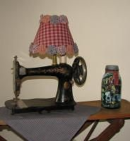 """Thrifty ideas for lamps   On my DIY Divas board I pinned a few """"how to's"""" for rewiring lamps  Sewing machine lamp"""