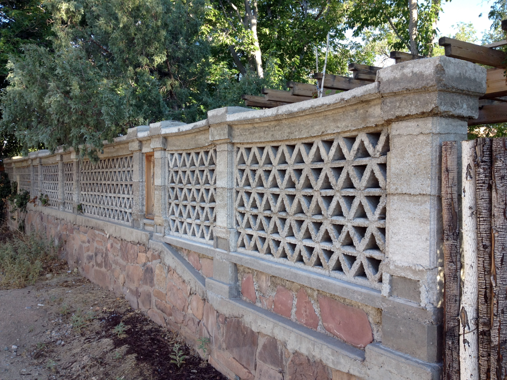 Diy Papercrete Block Wall