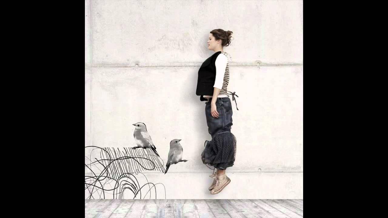 Anna Luca - Desperately Trying