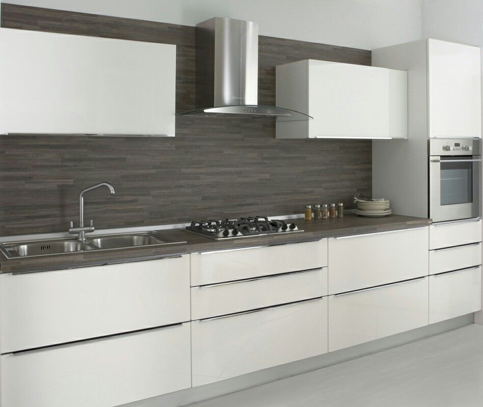 Cucina Moderna Bianca Con Top Grigio.Cucina Bianca Top Scuro Piastrelle Bagno Idee Nel 2019