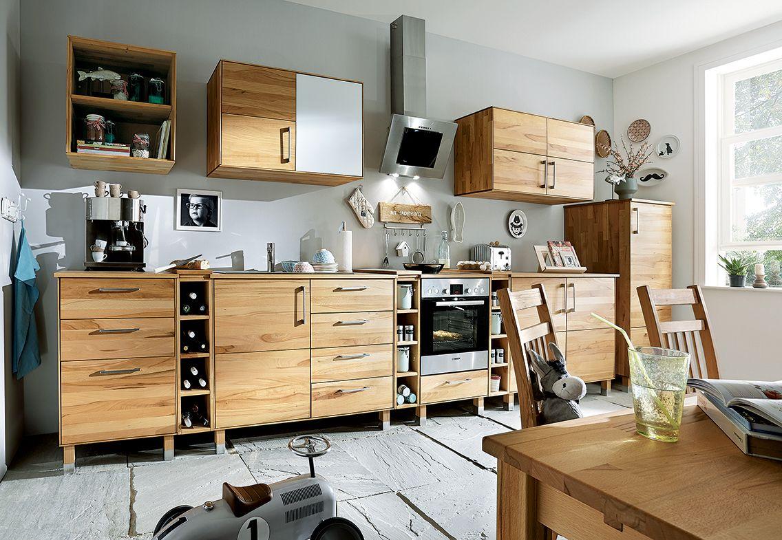 Die Küchenhängeschränke der Modulküche \