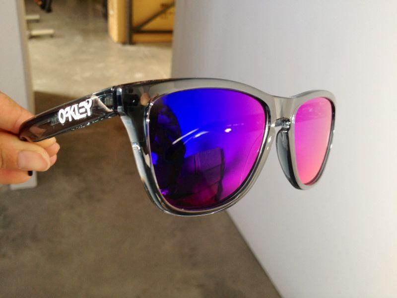 c41172f6008 Positive Red Iridium Frogskins sunglasses