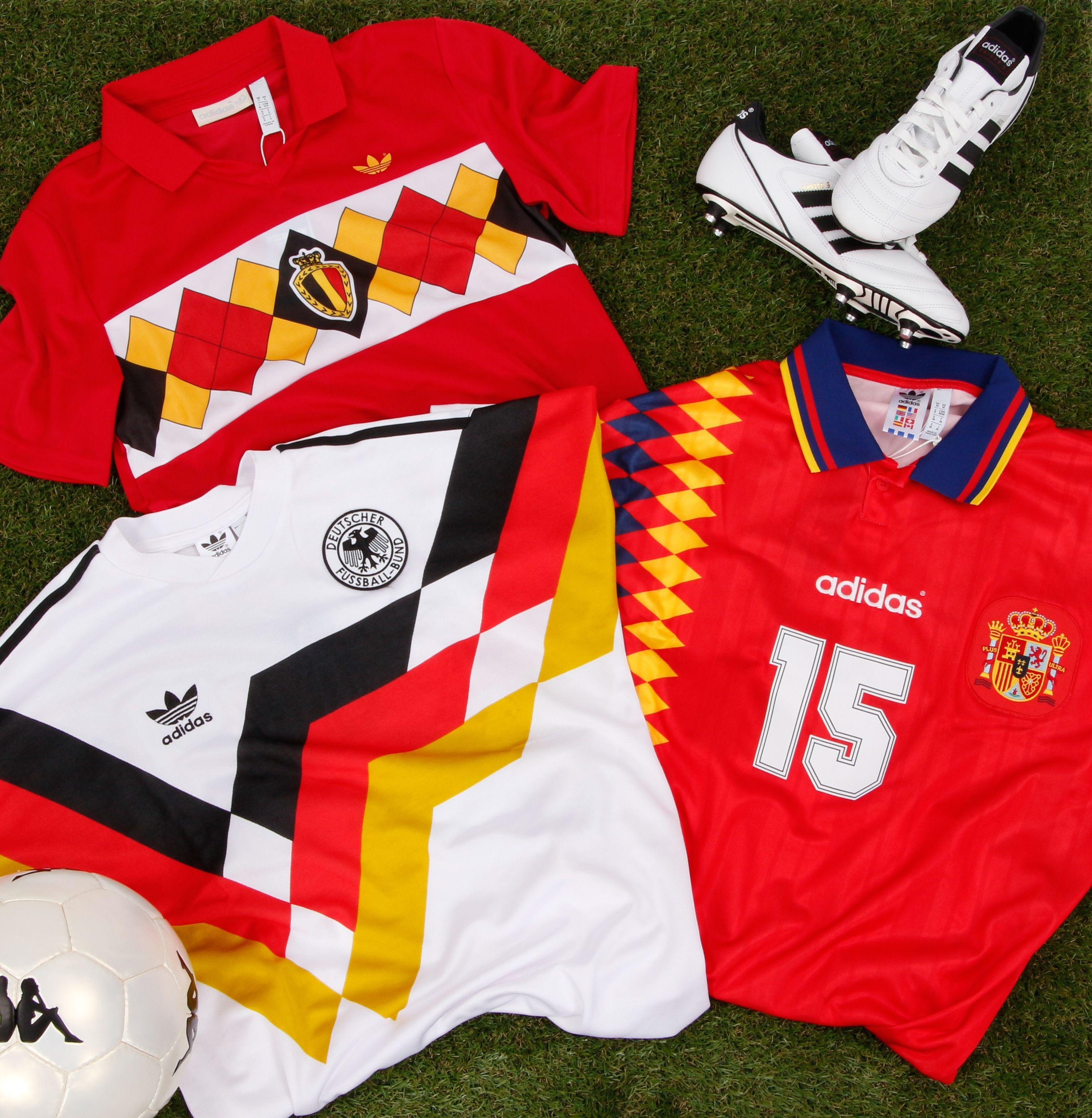 Adoptez vite un de ces maillots adidas Vintage des équipes