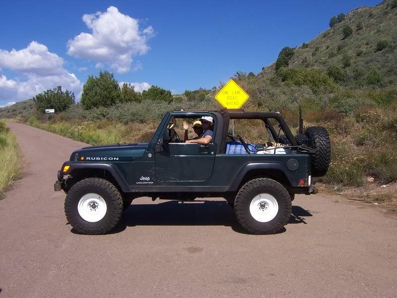 Whit Wheels On Lj Blue Jeep Jeep Garage Jeep Wrangler Forum