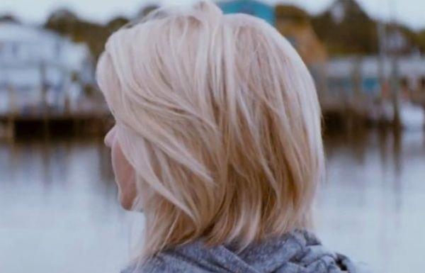 julianne hough safe haven hair back - Google Search #juliannehoughShorthair #juliannehoughstyle