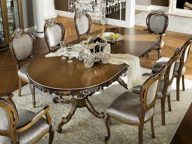 style Louis XV, table à manger en chêne mouluré et sculpté, centure - salle a manger louis
