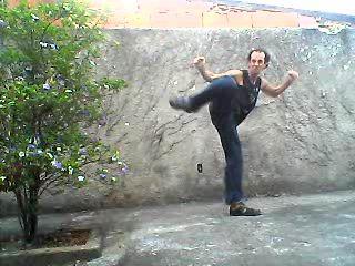 """ESTÃO ATACANDO MEU PC DESDE 28/08 COM INVEJA DE MIM.  Neste link aqui que você lê as FANFICS: """"Street Fighter: Uma nova Estória"""", """"Skynet: A origem do Exterminador"""", e """"Estorinhas do Chaves e Chapolin"""". E as divertidas: """"Amor verdadeiro"""", """"Muhamad Ali VS Myke Tyson"""", e """"ENTREVISTA COM RAMBO"""".  NÃO DEIXE DE CONTRIBUIR: R$3,00 - CAIXA - 0811 - 15091-7 - 013. Esse trabalho não é financiado.  LINK > http://postsdejorgerodrigues.blogspot.com/2018/03/estorinhas-juvenis-minhas-estorias-e.html"""