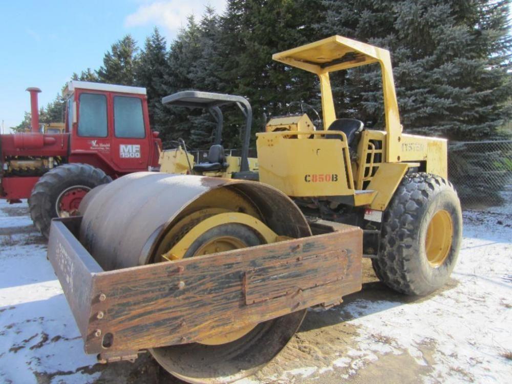 1986 Hyster 850B Compactor/Roller - ONLINE ONLY AUCTION - Ending March 16, 2015. Van Handel Excavating. Appleton, Wisconsin.
