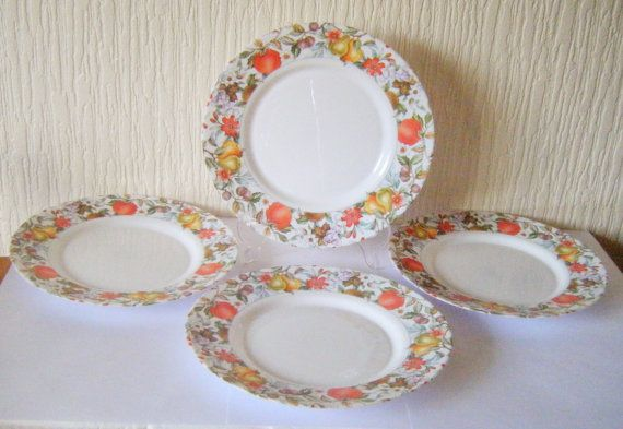 Vintage Arcopal EVE Pattern Dinner Plates Set of by DutchTrader £25.00 & Vintage Arcopal EVE Pattern Dinner Plates Set of Four 4 | Dinner ...