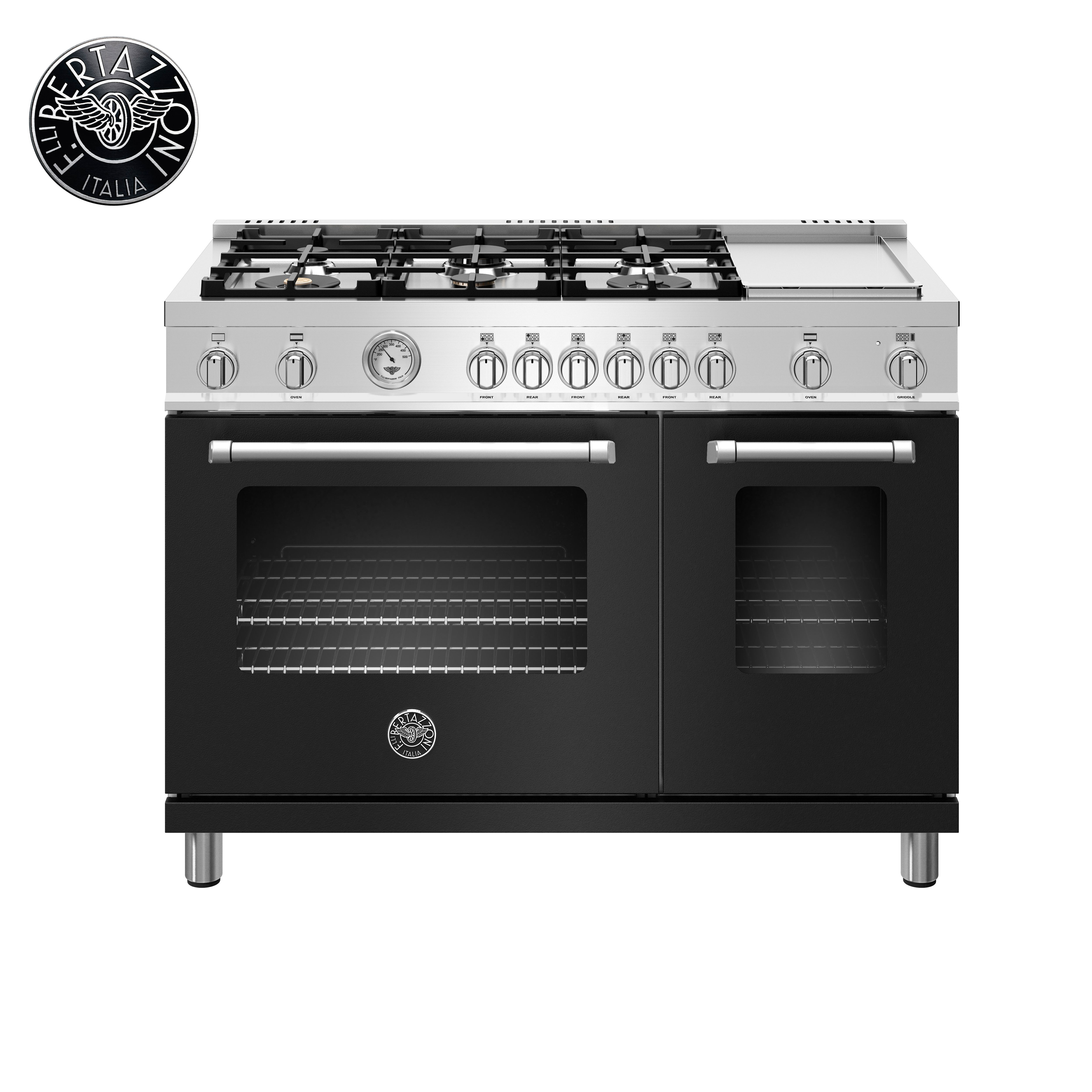 A Matte Black Kitchen Makes A Bold Statement In This: Trending Now: The New Matte Black Finish Of The Bertazzoni