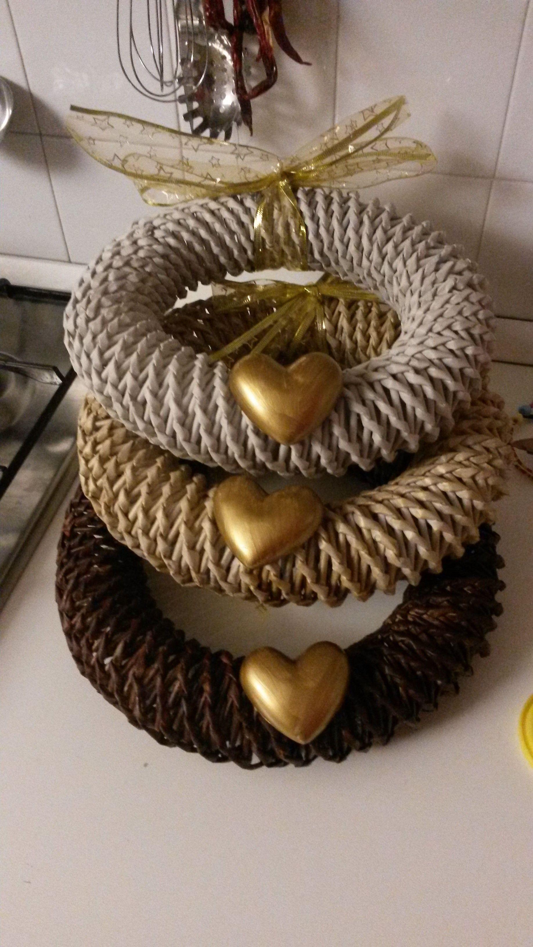 Ghirlande fatte di cannucce di carta hand made with love for Ghirlande di carta