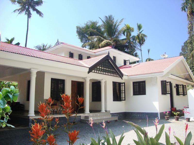 4 bedroom house Exterior Elevation Designs, kerala Home designs