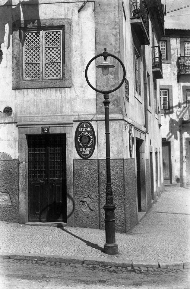 Candeeiros de Lisboa, 1944, Rua do Vale de Santo António