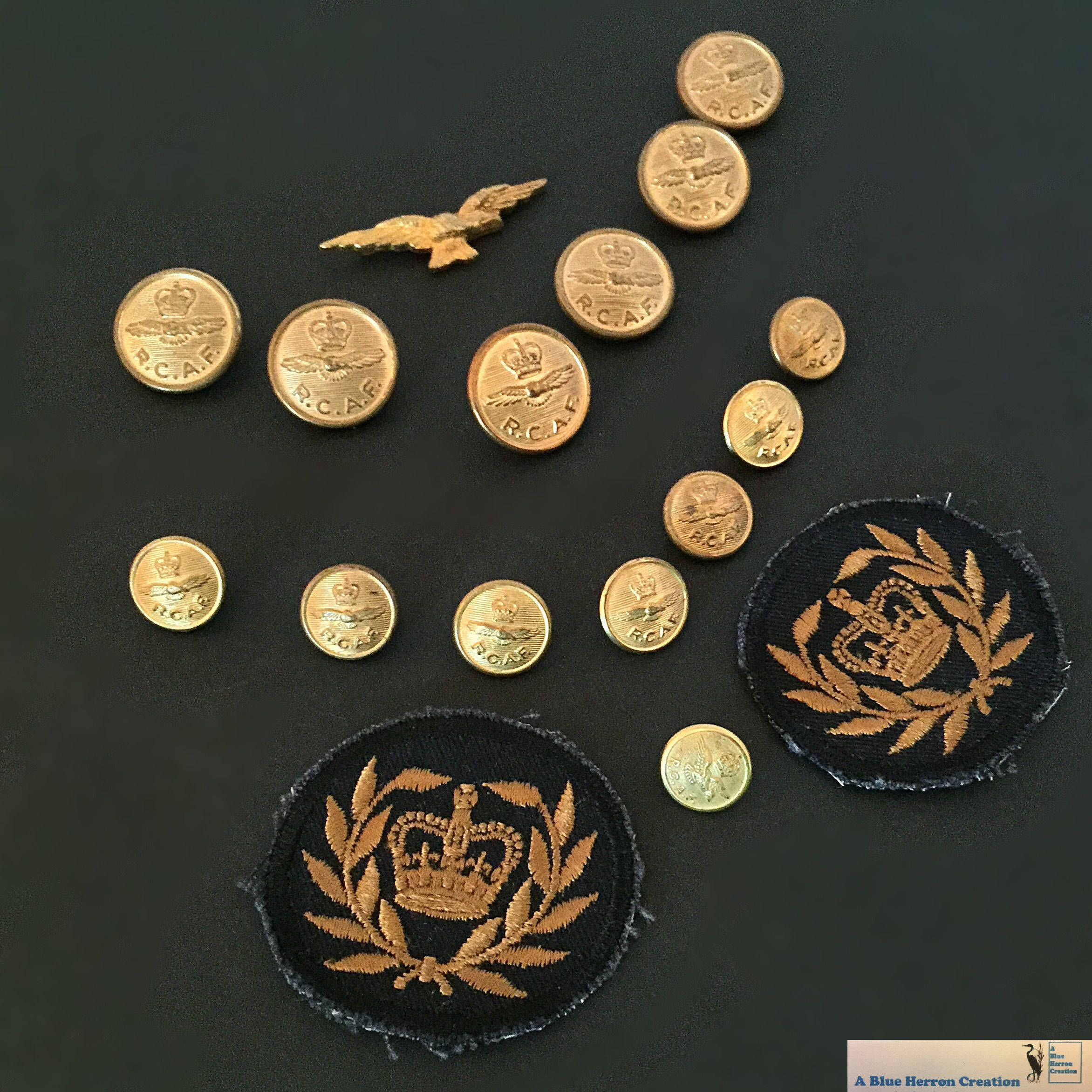 WWII RCAF Brass Buttons, RCAF Eagle Badge, Military Badges