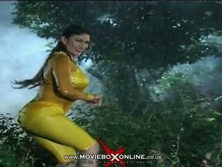Sexy saima khan
