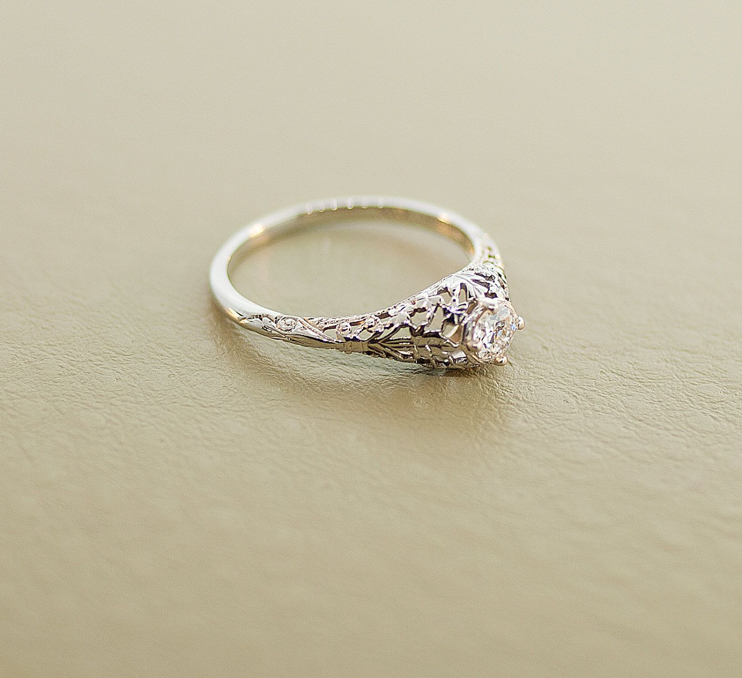 1920's Engagement Ring 18k White Gold and Diamond