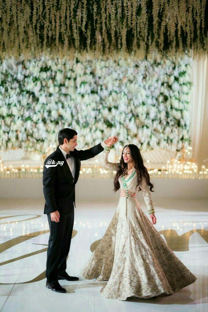 615aaaa038 Nice Indian Wedding Gowns, Indian Wedding Photos, Indian Wedding  Receptions, Punjabi Wedding,