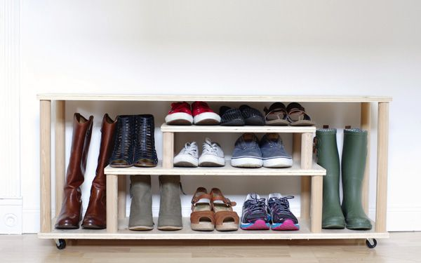 This Diy Shoe Rack Will Help Keep Shoes From Piling Up In Your Entryway Closet Or Mudroom Floor It S A Bench Too So You Can Sit Down As Change