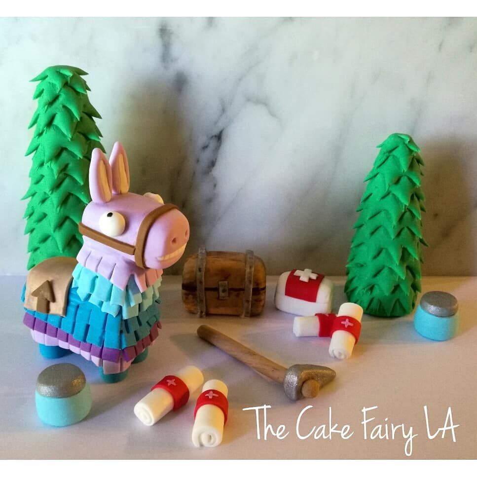 Fortnite cake toppers that loot llama pinata is just