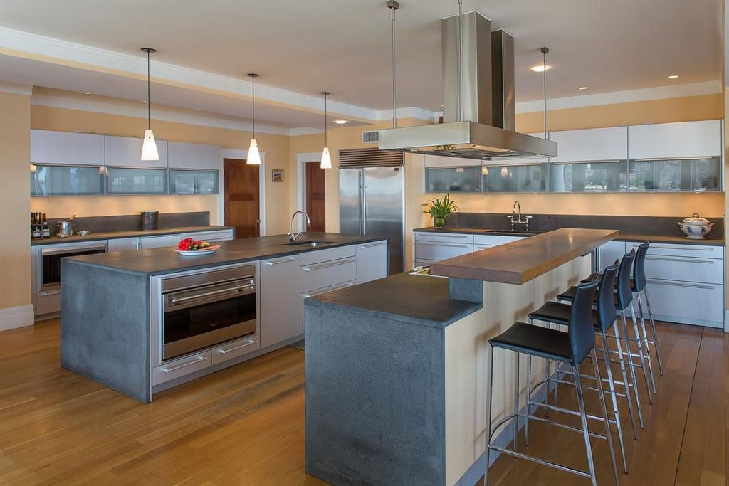 Best Contemporary Kitchen With Eurostyle Riley Bar Stool 400 x 300