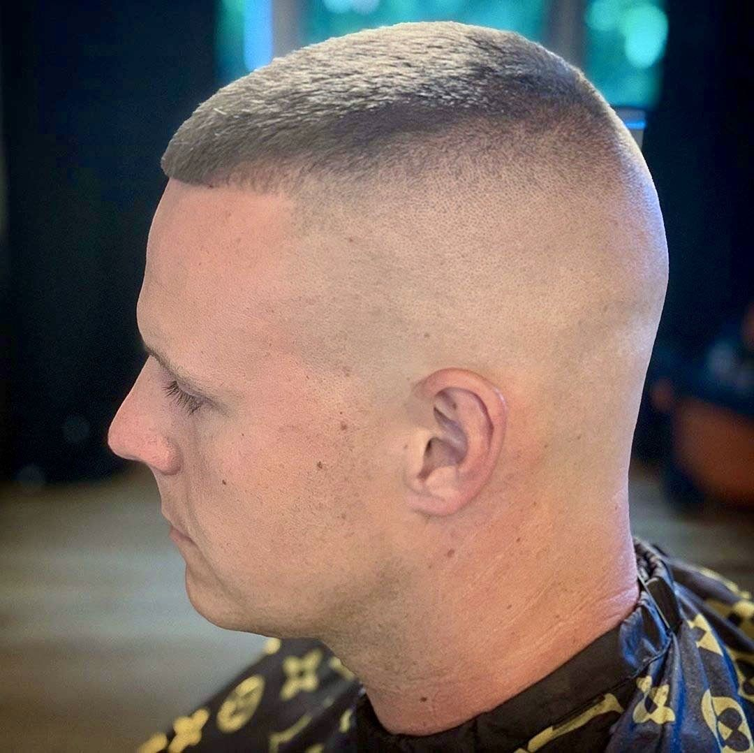 Haircut Shave In 2020 Mens Hairstyles With Beard Military Hair Haircuts For Men