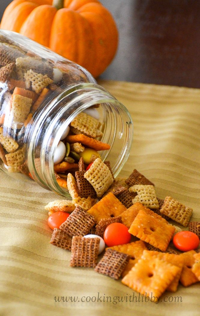 Fall Harvest Chex Mix #fallseason