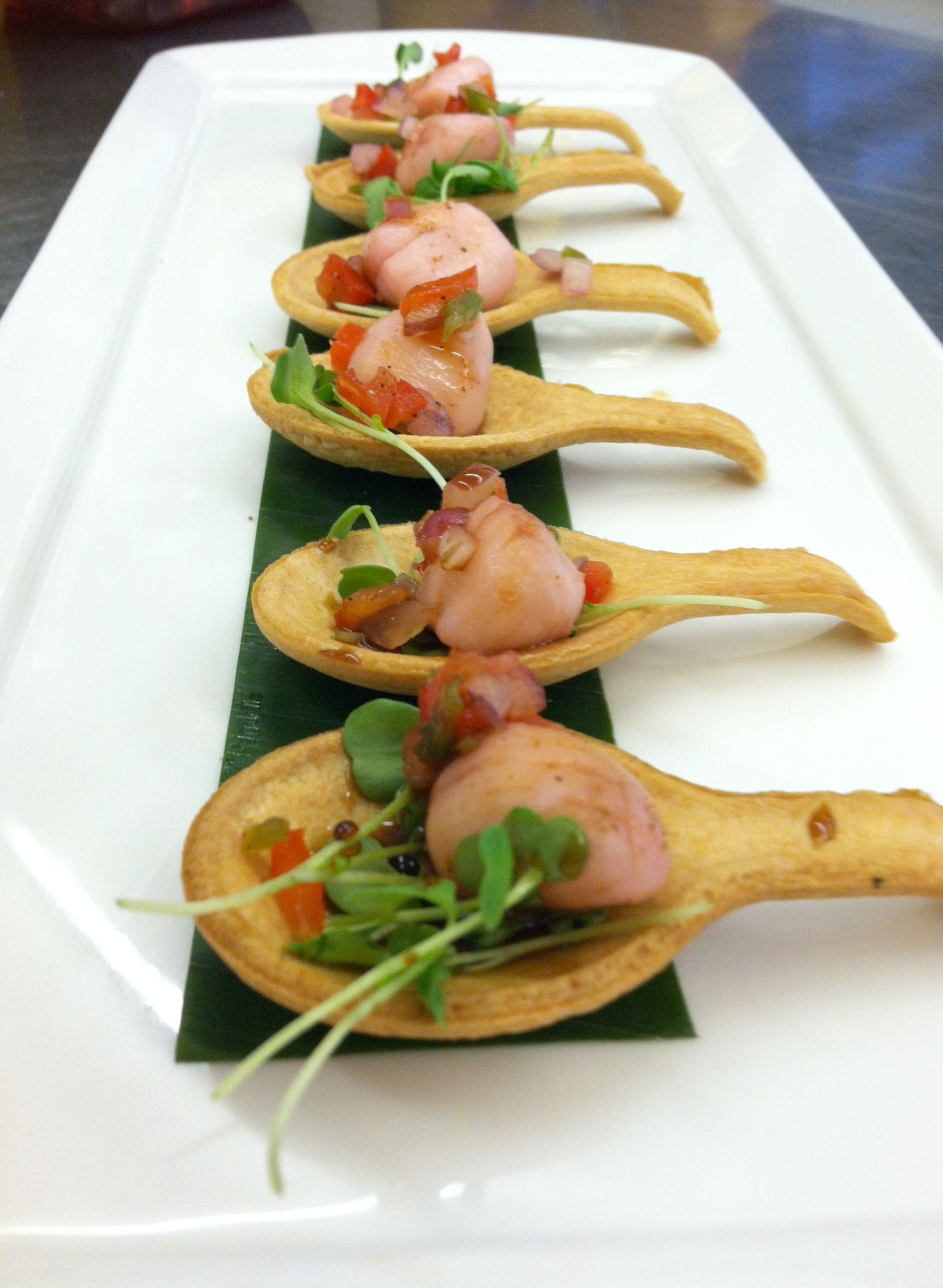 Scallop ceviche with edible spoon fci hors d for Edible canape spoons
