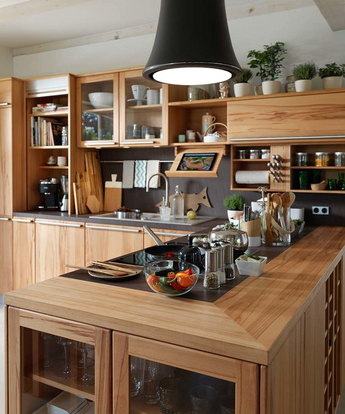 Holzküche rondo mit Naturholz Kochbuchhalter Haus küchen